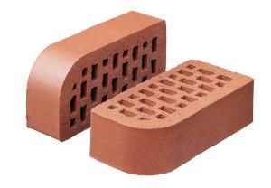 Произведена отгрузка фасонных кирпичей с закруглением в город Алзамай.