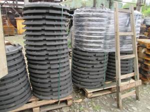 Произведена отгрузка люков канализационных средних в город Хабаровск